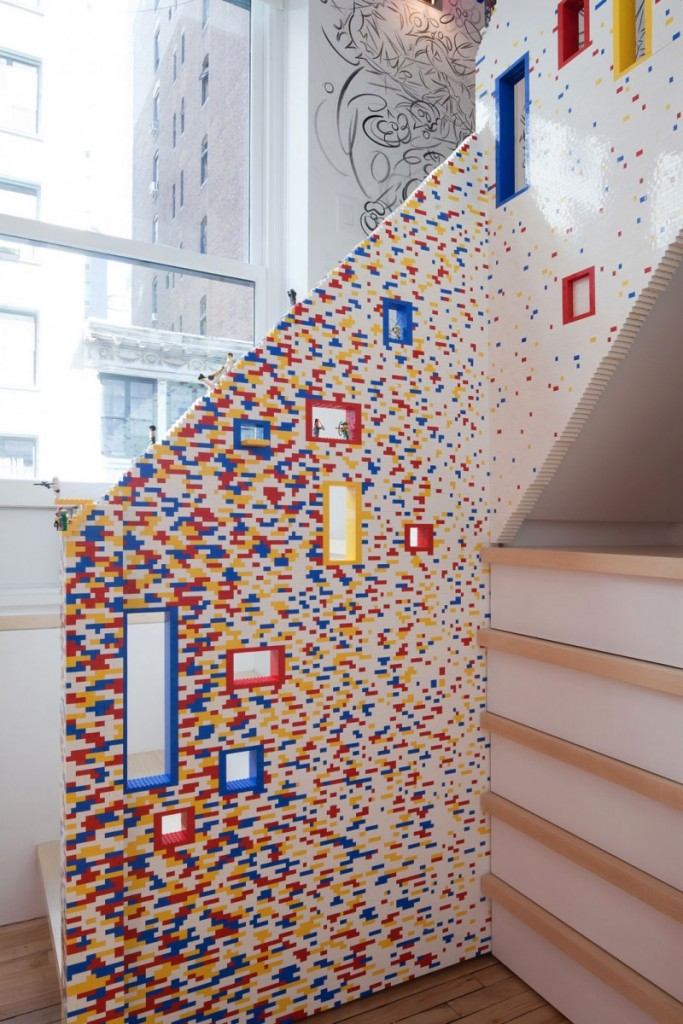 staircase-made-entryre-from-lego