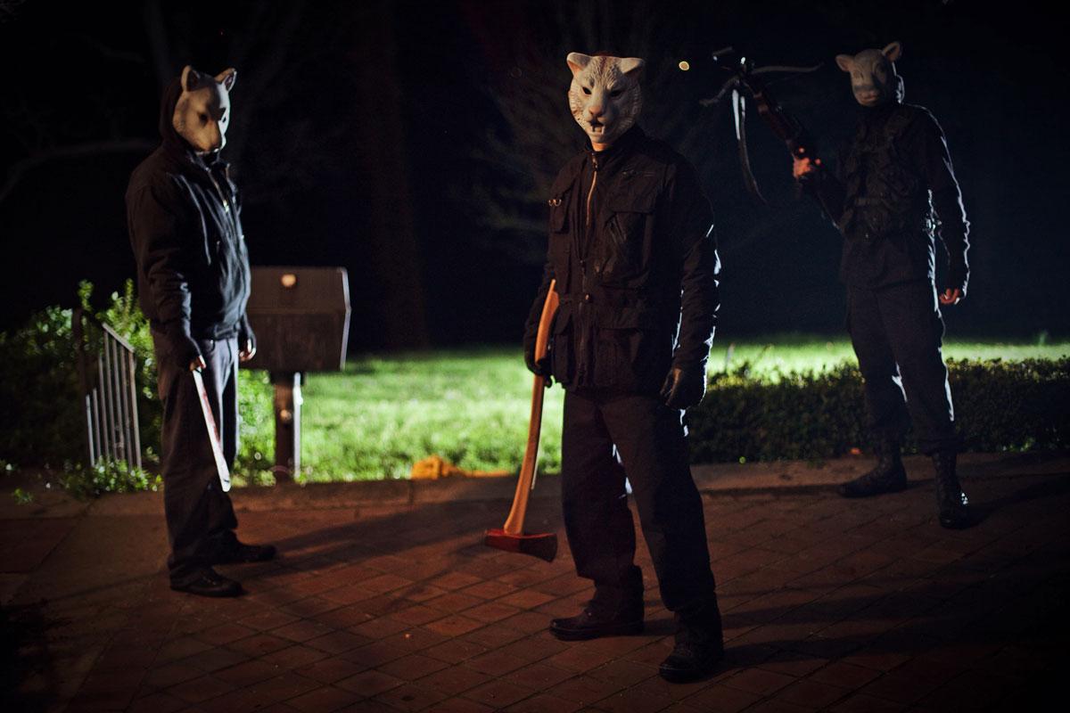 Wij hebben een zwak voor films met creepy dierenmaskers, dus is 'You're next' meteen een aanrader.