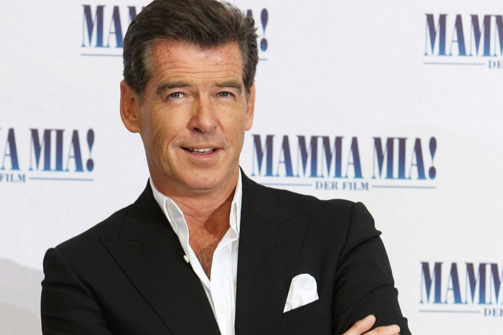 2193_pierce_brosnan