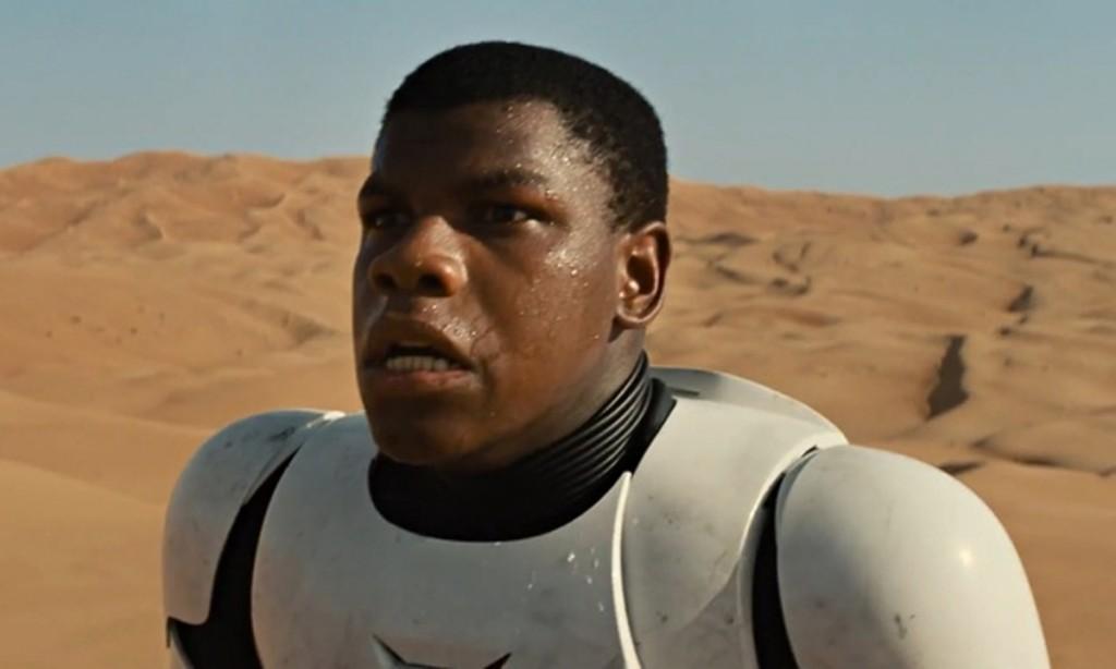 Finn heeft genoeg van het bloedvergieten en zegt zijn leven als stormtrooper vaarwel.