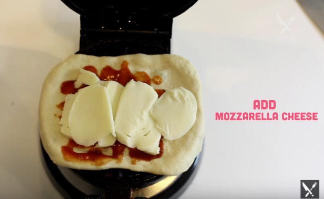 pizza-waffle-4