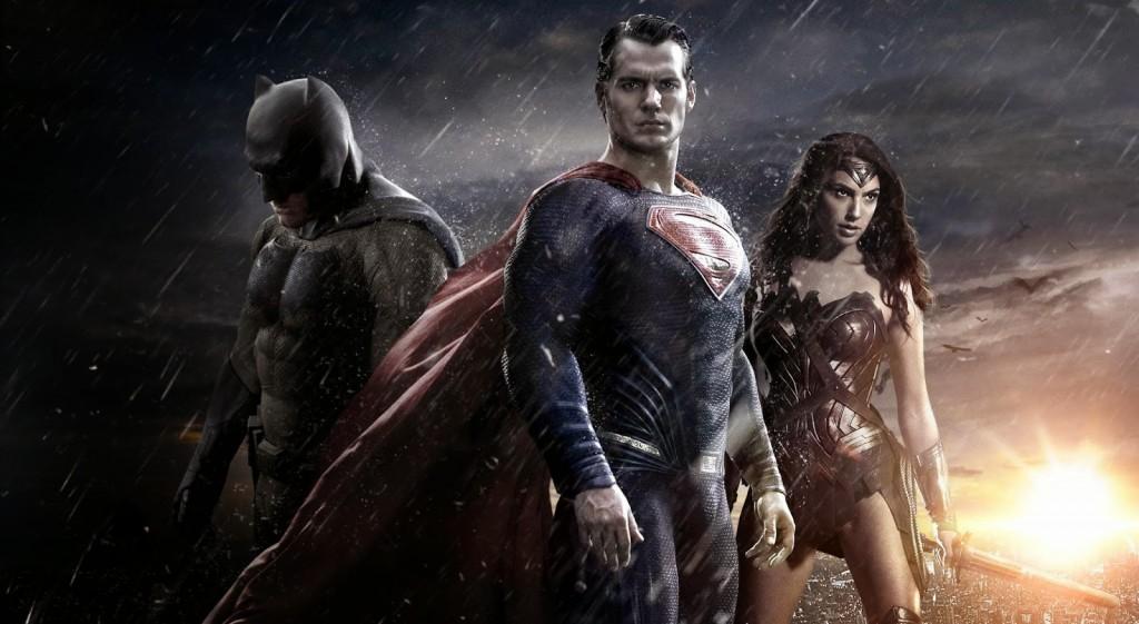 Het is geen geheim dat er ook nog een ander lid van de Justice League mee komt doen...