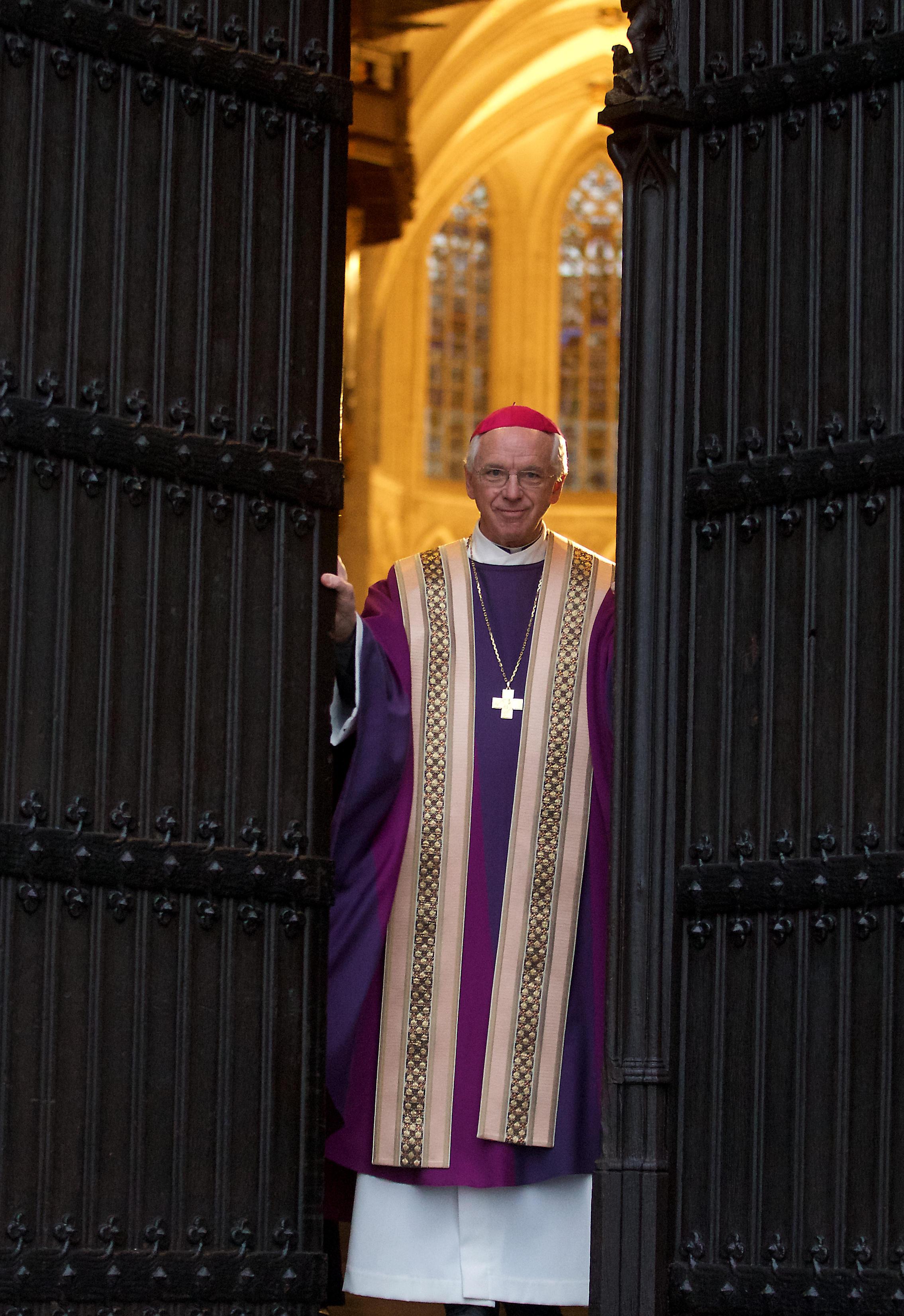 """Aartsbisschop De Kesel: """"Wij hebben geleerd uit de pedofiliezaken uit het verleden. Ik ben zeer alert geworden. Als ik ook maar iets hoor in die richting, gaan alle rode lichten branden."""" (foto belga)"""