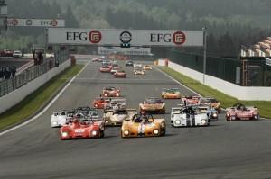 Ouderwets spektakel op het circuit van Spa-Francorchamps. (foto Pierre-Yves Riom)