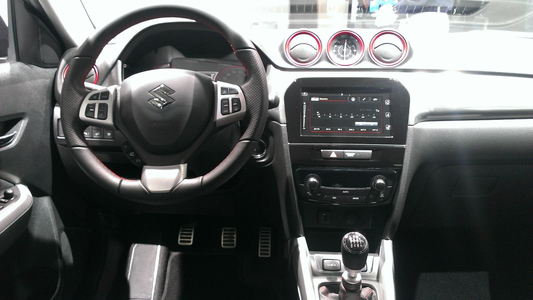 Suzuki Vitara S 2016 int 1a