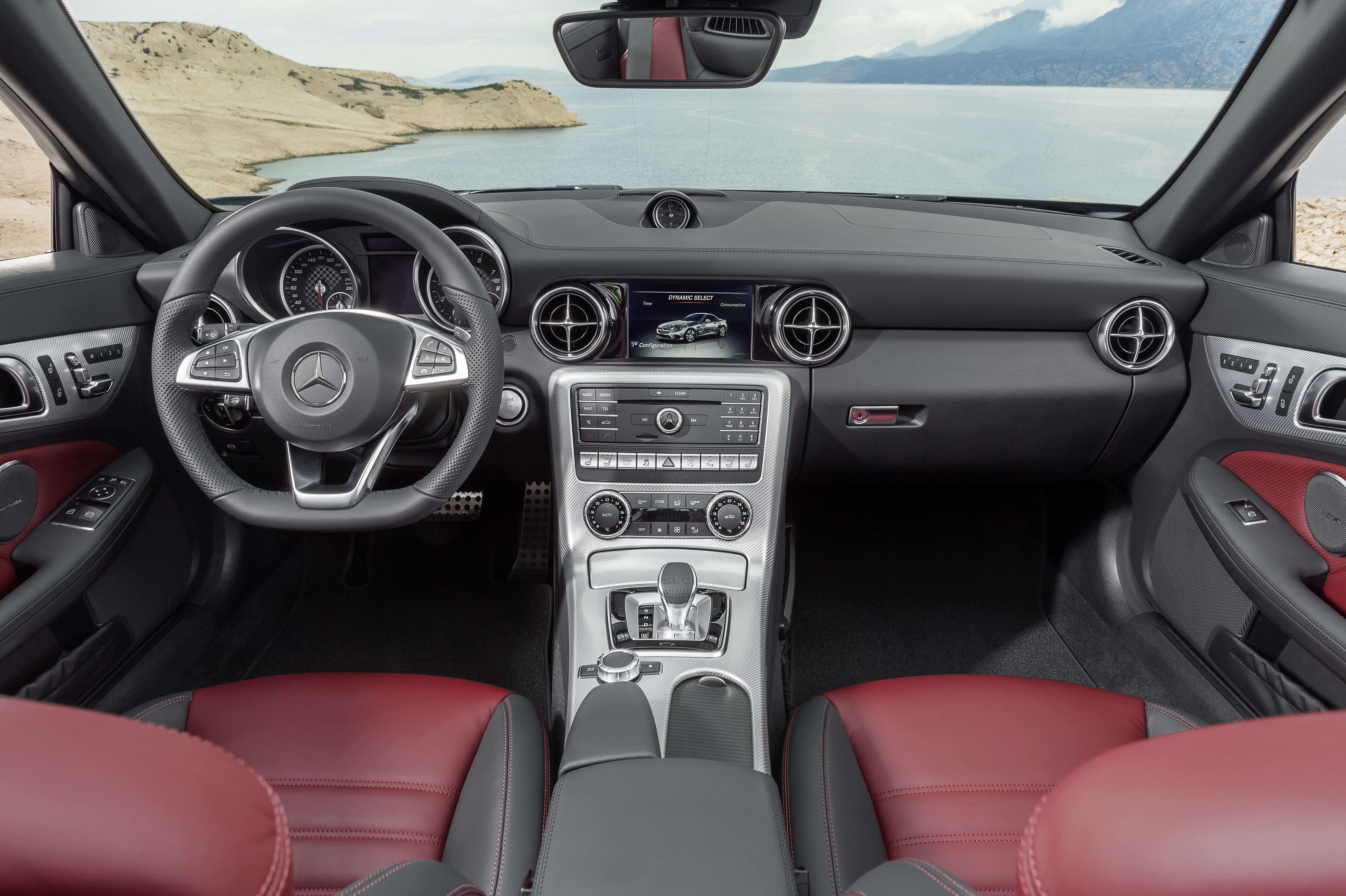 Mercedes-Benz SLC 300, Interieur, bengalrot/schwarz Mercedes-Benz SLC 300, interior, bengal red/black