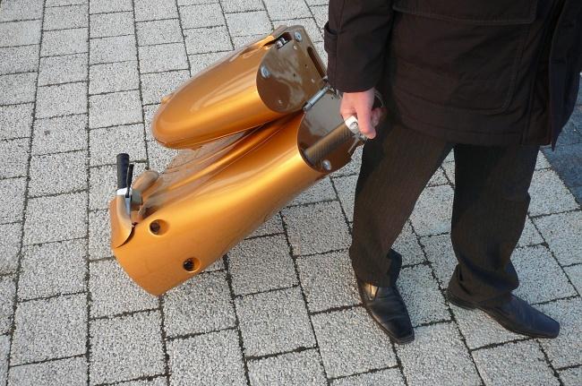 160155-r3l8t8d-650-moveo-lo-scooter-elettrico-pieghevole-da-antro-p1060242