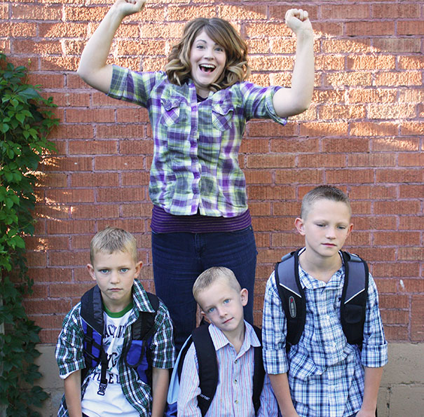 parents-celebrate-back-to-school-day-17-57ac74e642a98__605