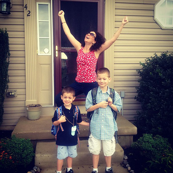 parents-celebrate-back-to-school-day-8-57ac74d280bbc__605