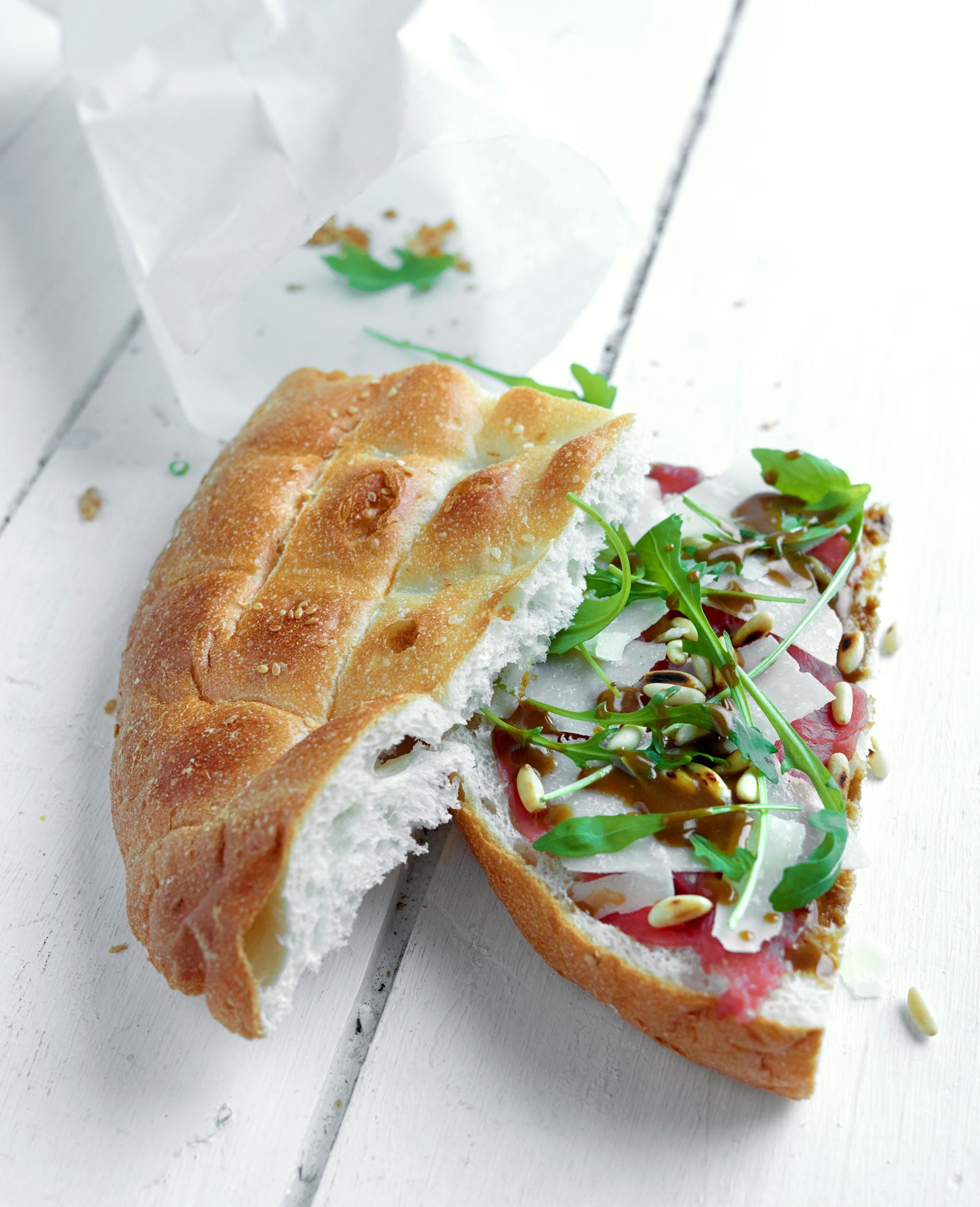 14-turks-brood-met-rundscarpaccio