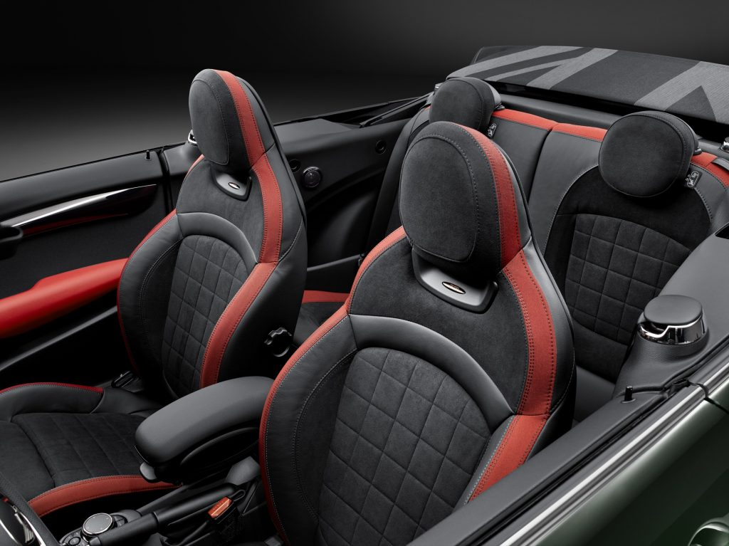 mini-cabrio-john-cooper-works-2017-int-1-zetels