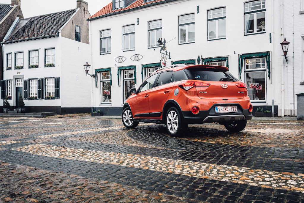 De Hyundai i20 Active is fraai vormgegeven, compacte cross-over.