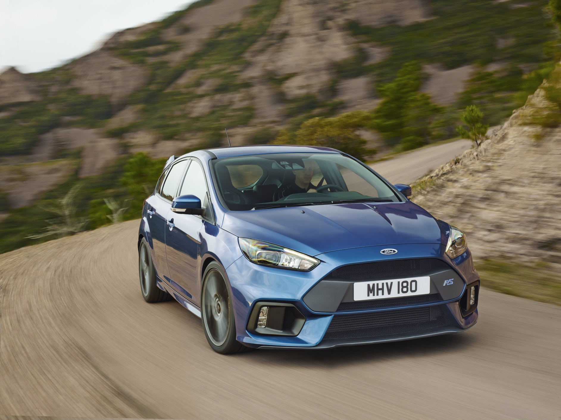 ford-focus-rs-2016-ext-1