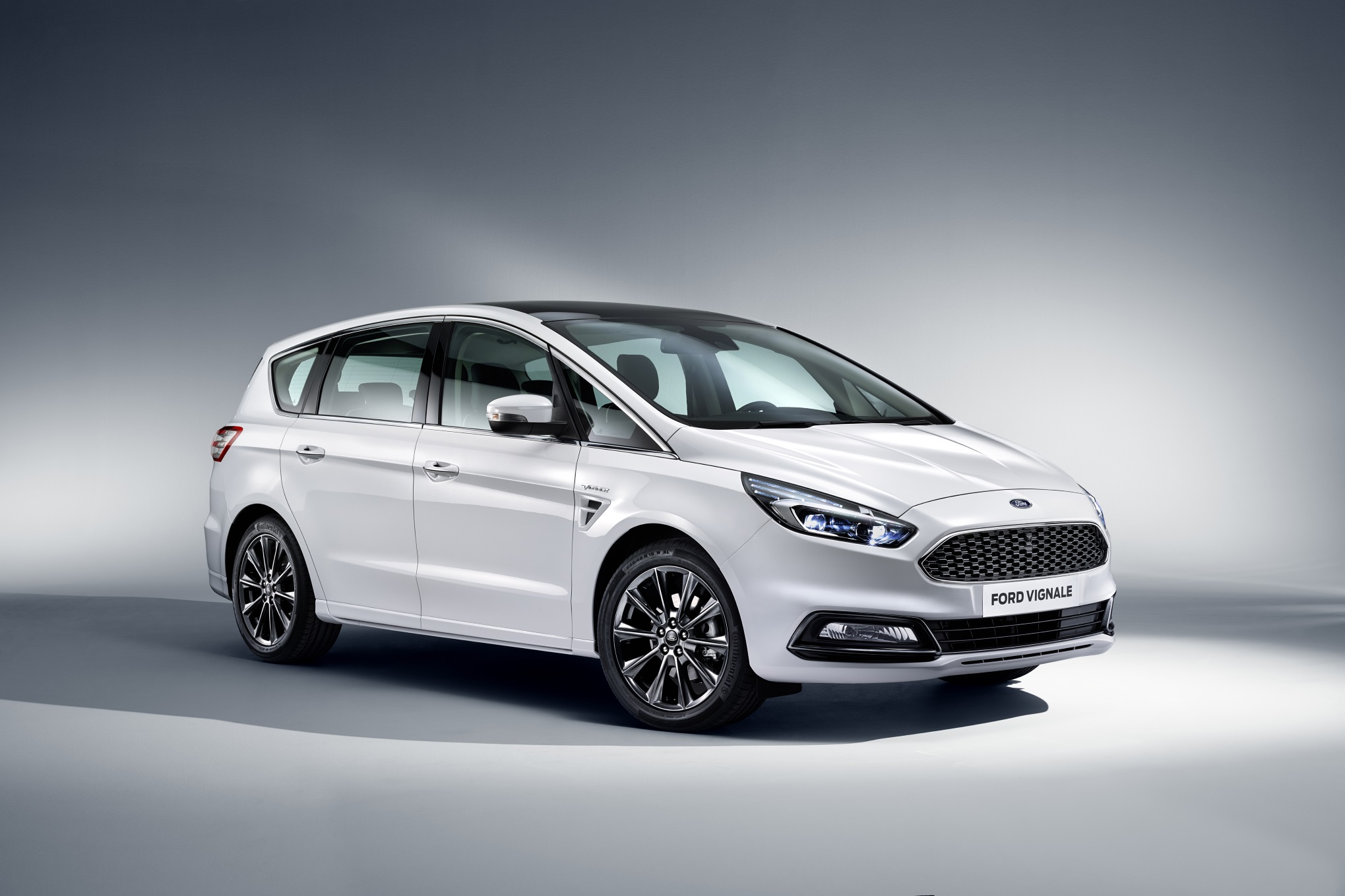 ford-s-max-2017-vignale-ext-1