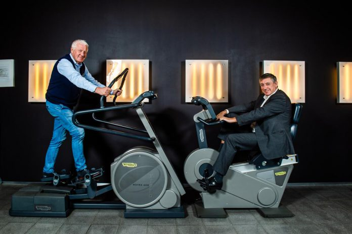De president van Vlaanderen Jan Jambon en de premier van de Vlaamse wielerwereld Patrick Lefevere over de Ronde, corona en politiek... (foto Kris Van Exel)