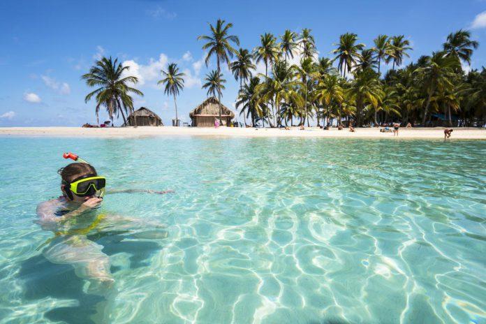Parelwitte stranden, wuivende palmbomen en een prachtige zee: op de San Blas-archipel waan je je in een reclamespot. (foto Getty Images)©DavorLovincic Getty Images