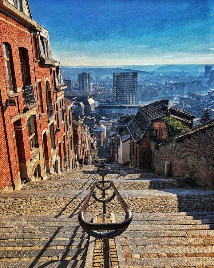 Vanop de Montagne de Bueren heb je een schitterend uitzicht op de stad. (GF)