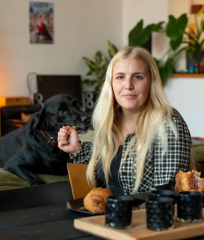 """Amelie Albrecht: """"Als je me zou vragen wat er op dit moment beter kan in mijn leven, zou ik 'niks' antwoorden."""" (foto SBedaux)©sbedaux"""